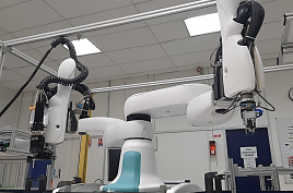 "Photo d""un robot Cobots"